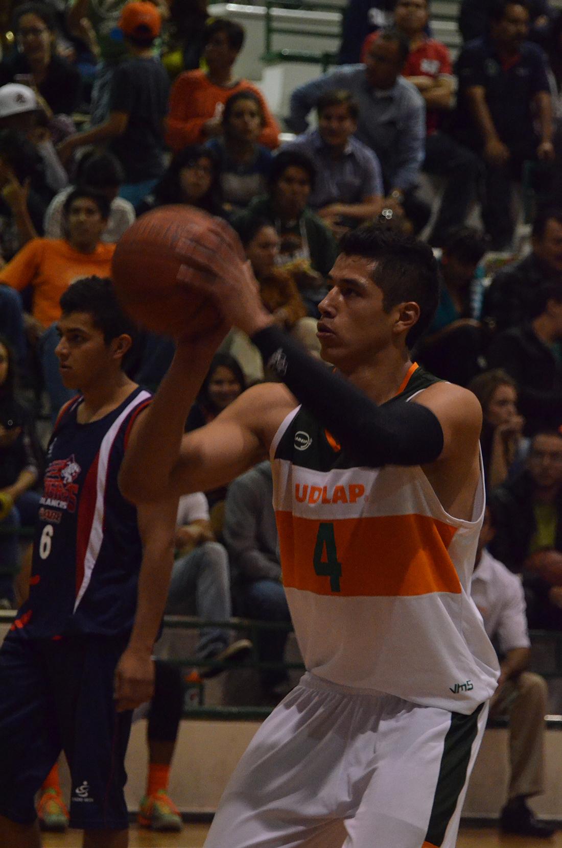 Fabián Jaimes Un azteca que sueña en grande por viva basquet