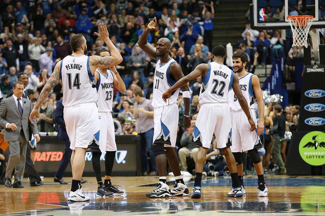 Emocional regreso del Big Ticket por viva basquet