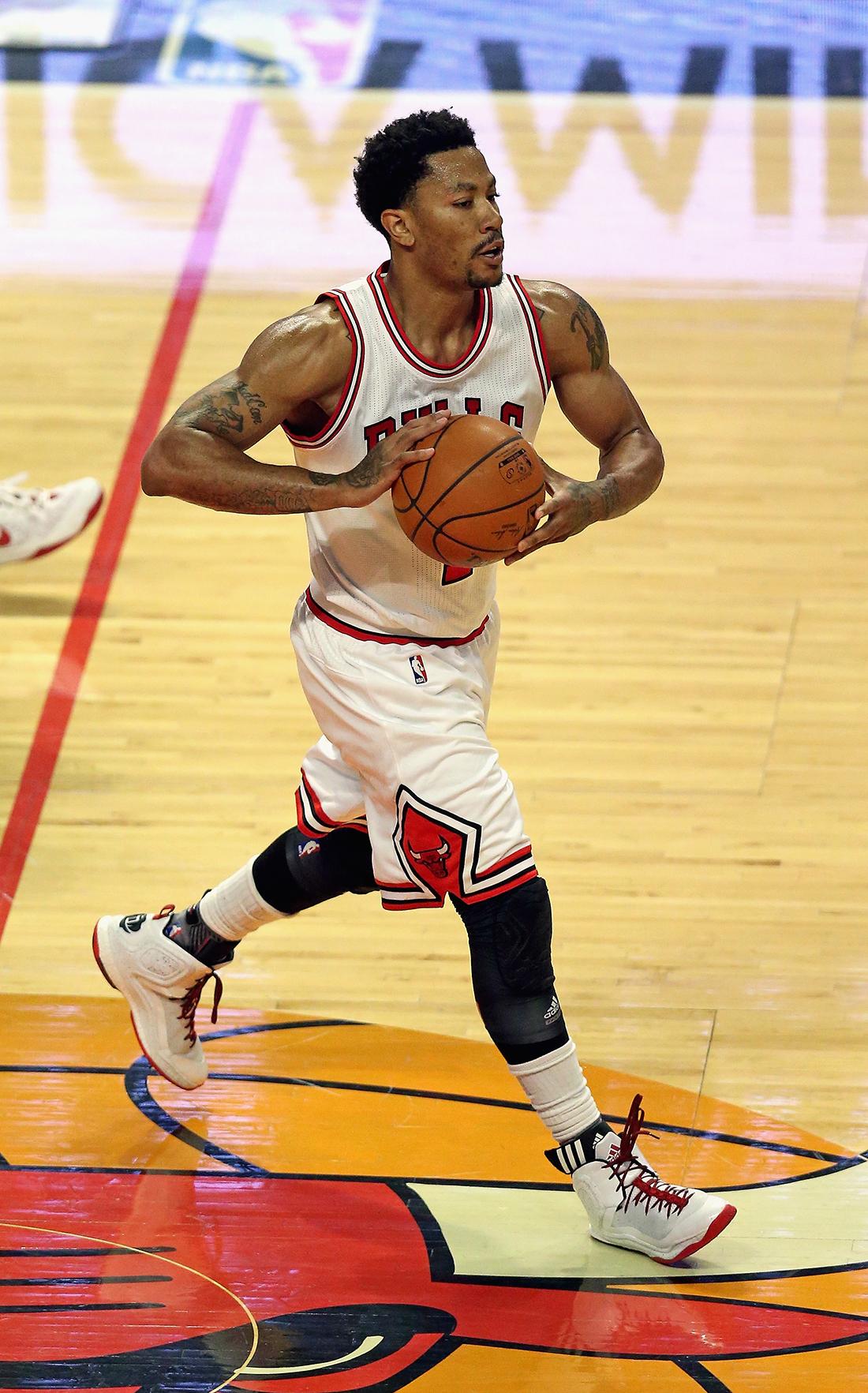 Los Bulls esperan a Rose en un mes por viva basquet