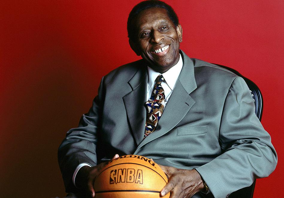 Adiós a un pionero de la NBA por viva basquet