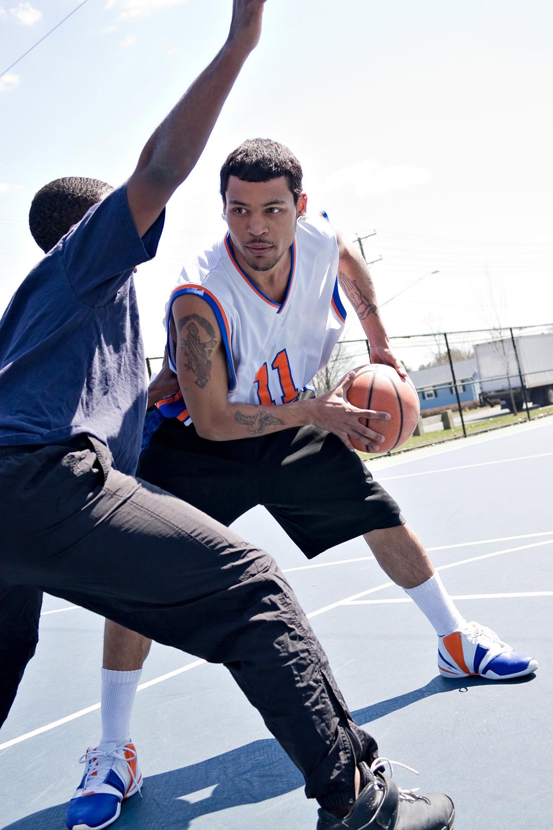 Mejora tu ofensiva en el basquetbol.