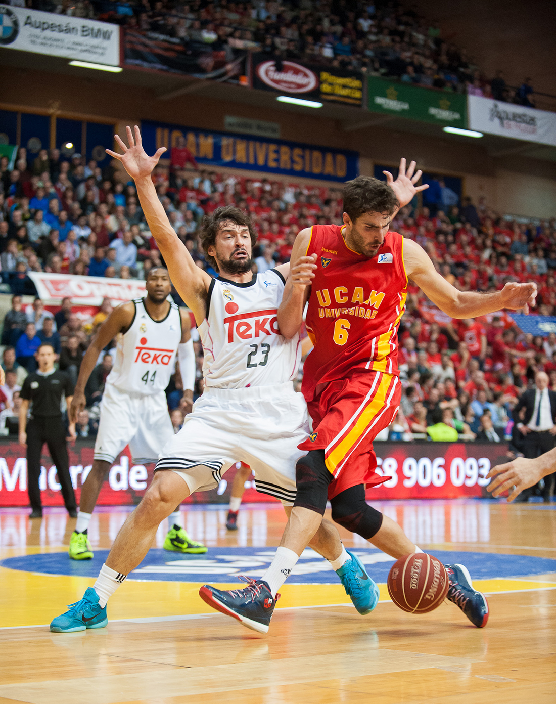ACB Photo/J. Bernal