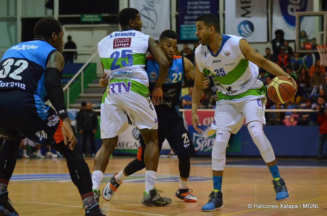 Halcones Xalapa avanza a semifinales por viva basquet