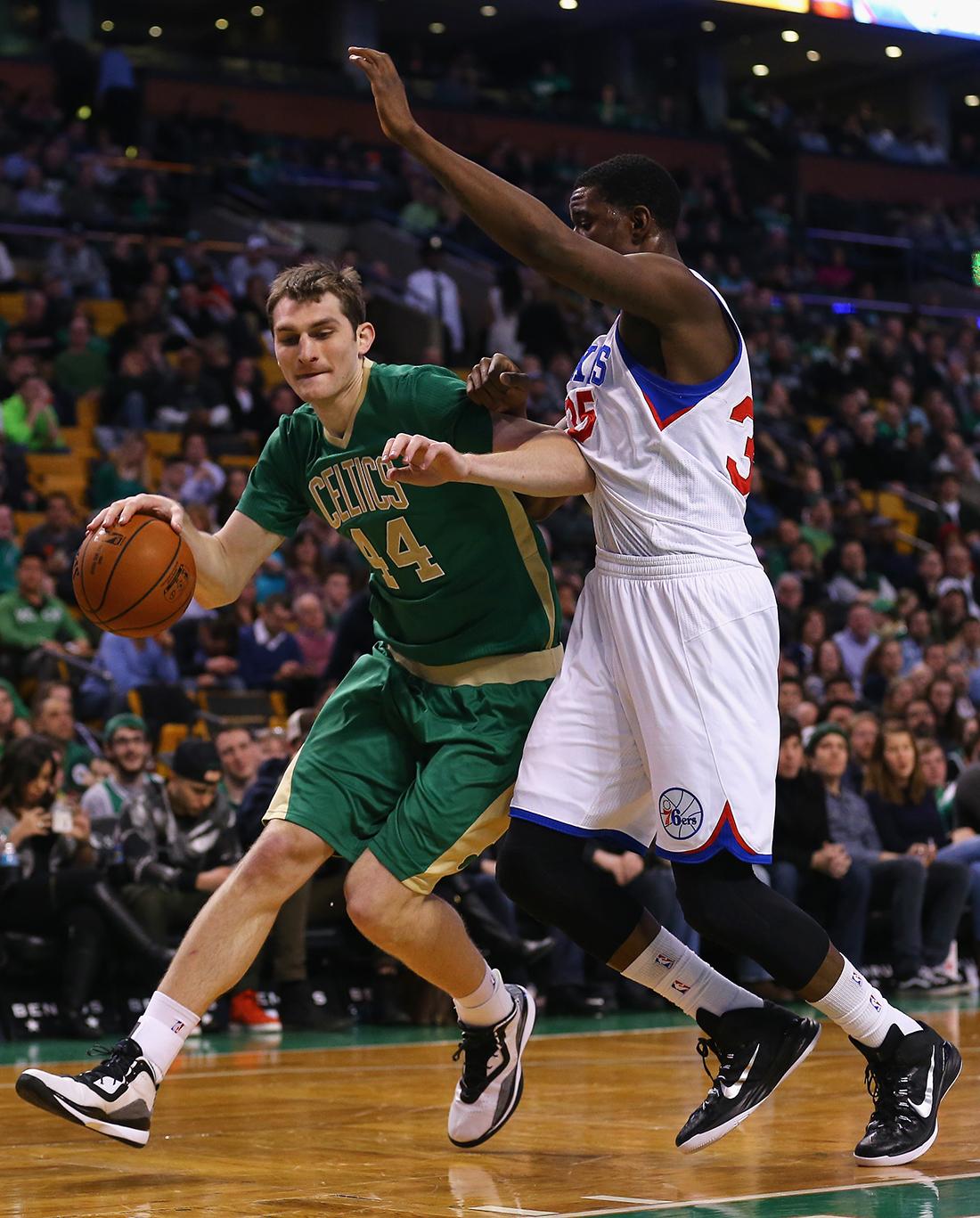 Los Celtics reviven y buscan playoffs por viva basquet