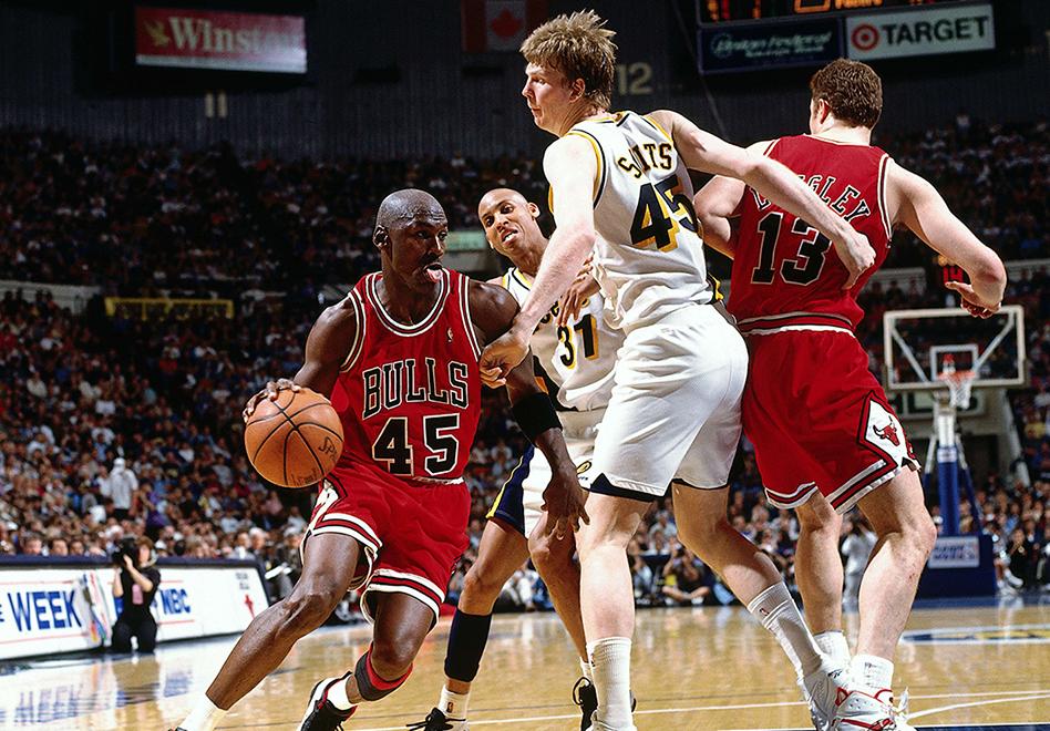 Cuando Jordan anuncio que estaba listo para volver a las duelas por viva basquet
