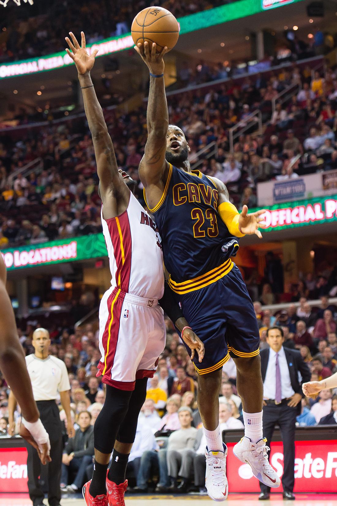 LeBron James ingresa al top 20 por viva basquet