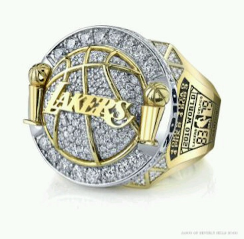 31.2010-lakers-championship-ring