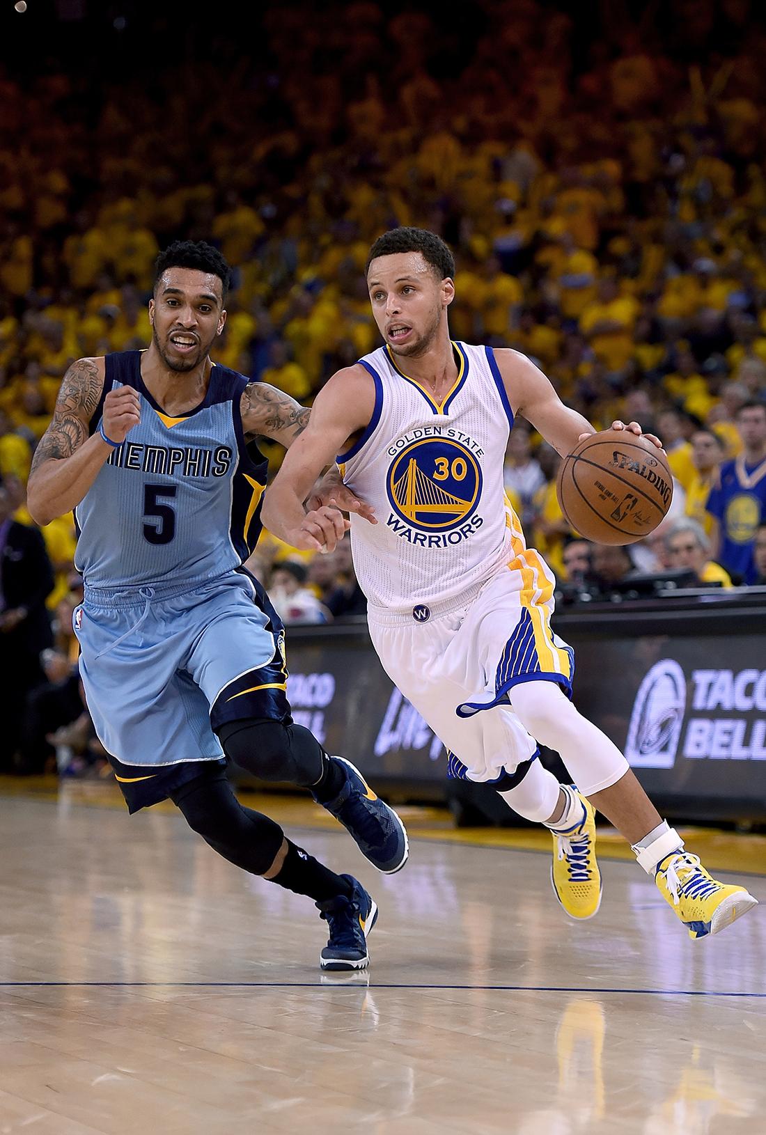 Los Warriors le dan la vuelta a los Grizzlies por viva basquet