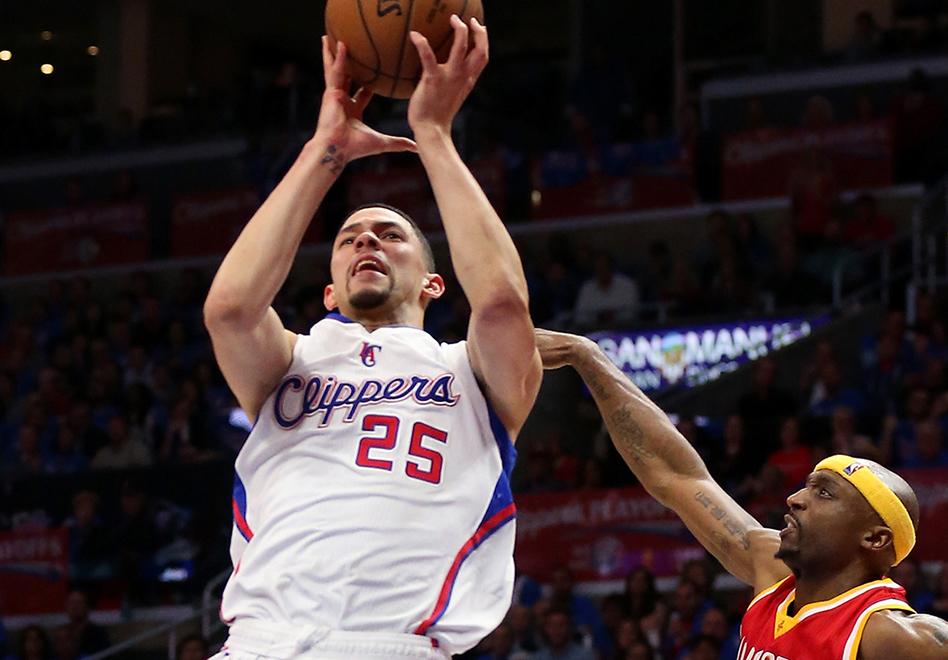 Los Clippers toman ventaja por viva basquet