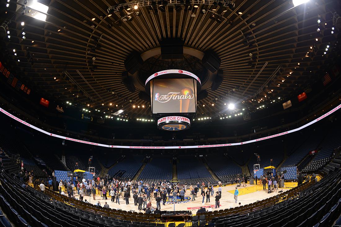 Preparan la batalla final entre cavs y warriors por viva basquet