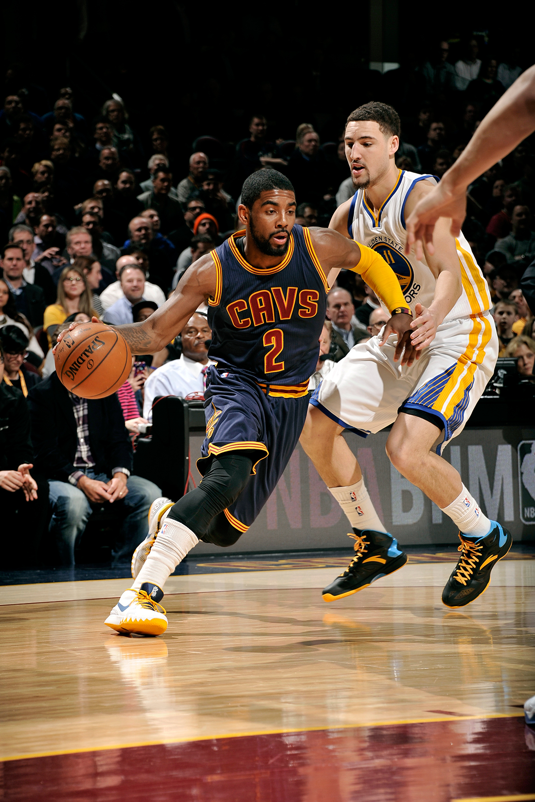 Irving  y Thompson en duda  para el Juego 1 por viva basquet