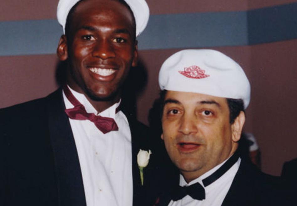 Sonny Vaccaro, alias el Padrino del basquetbol con Michael Jordan por viva basquet
