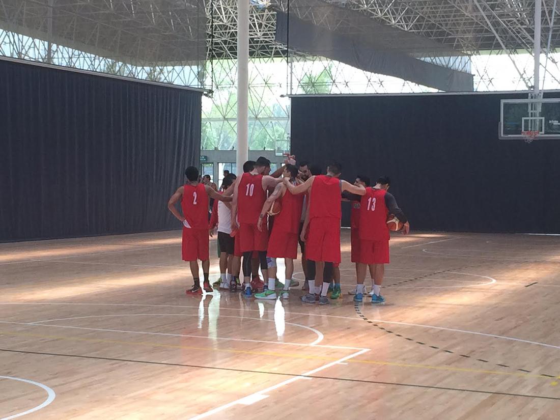 Los 12 Guerreros se ponen a punto por viva basquet