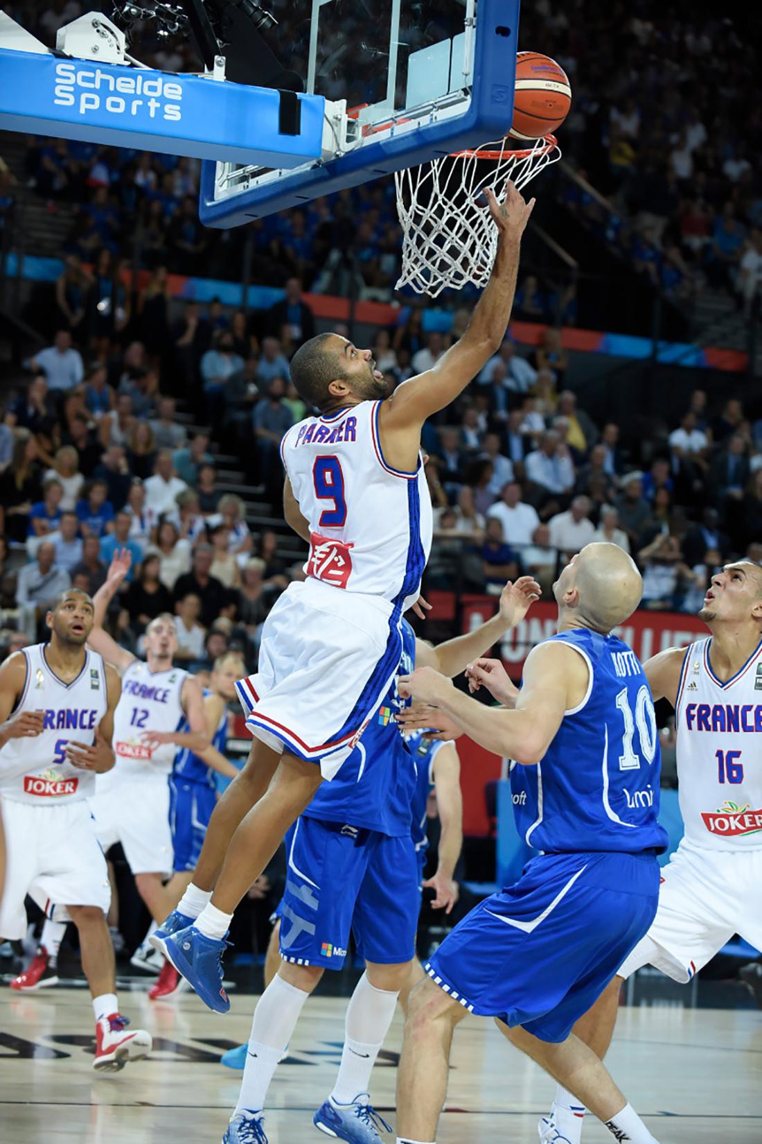 tony parker en el EUROBASKET, por viva basquet