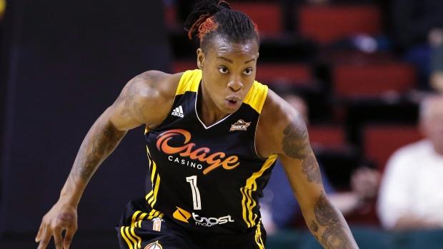 Riquna Williams de la WNBA en vivabasquet