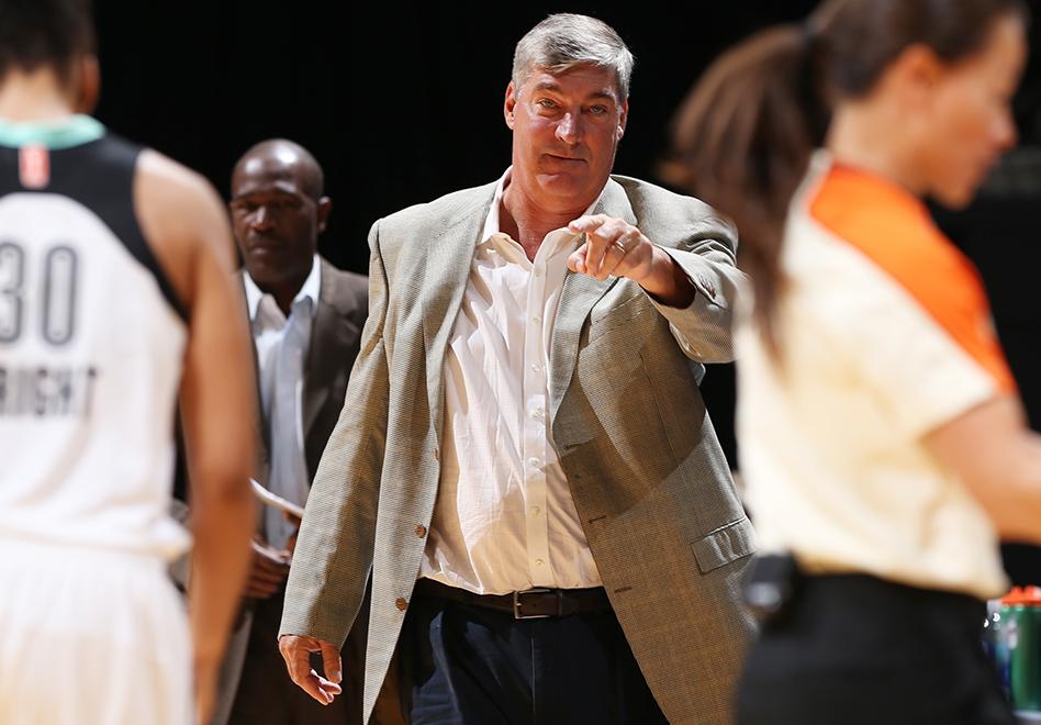 Bill Laimbeer el mejor coach en la WNBA por Viva Basquet