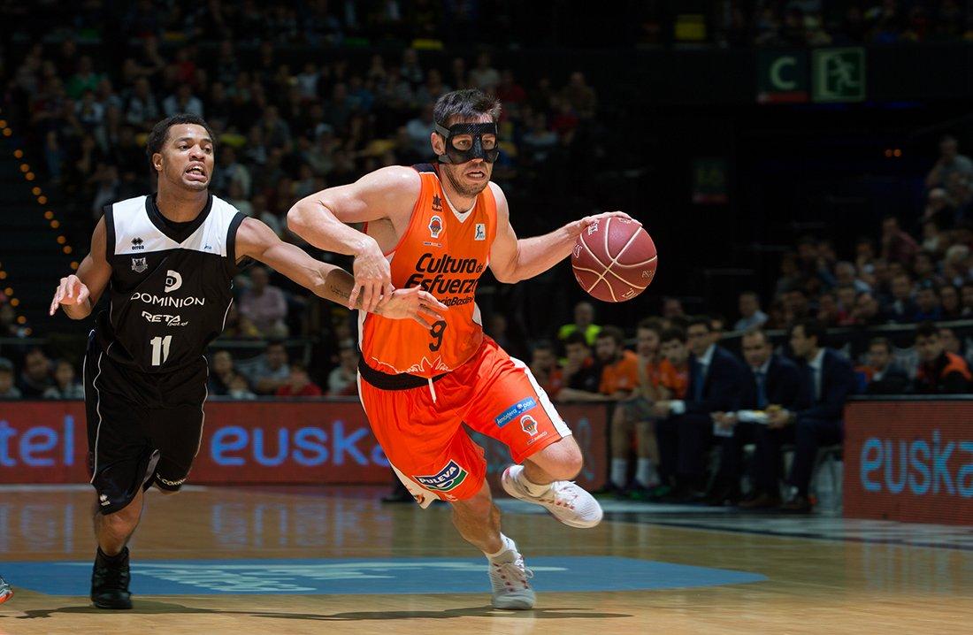 Barcelona y Valencia invictos en la liga ENDESA, por viva basquet.com