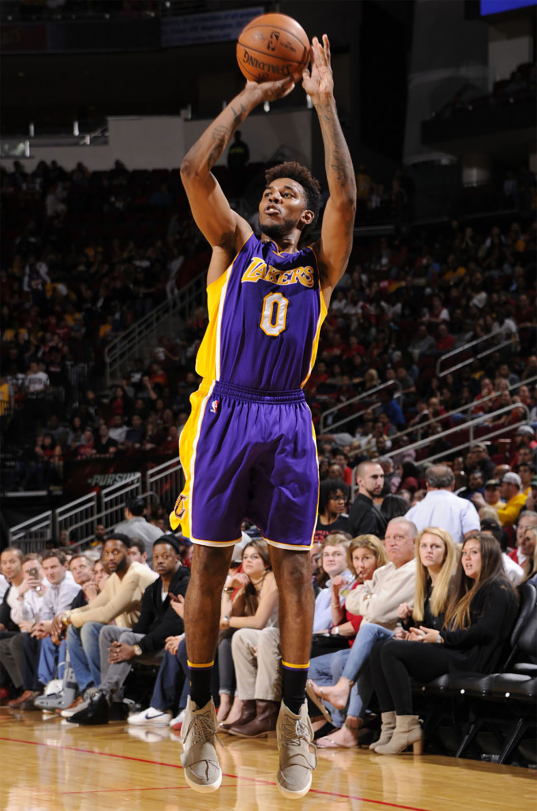 Nick Young - Los Ángeles Lakers. Adidas Yeezy Boost 750.