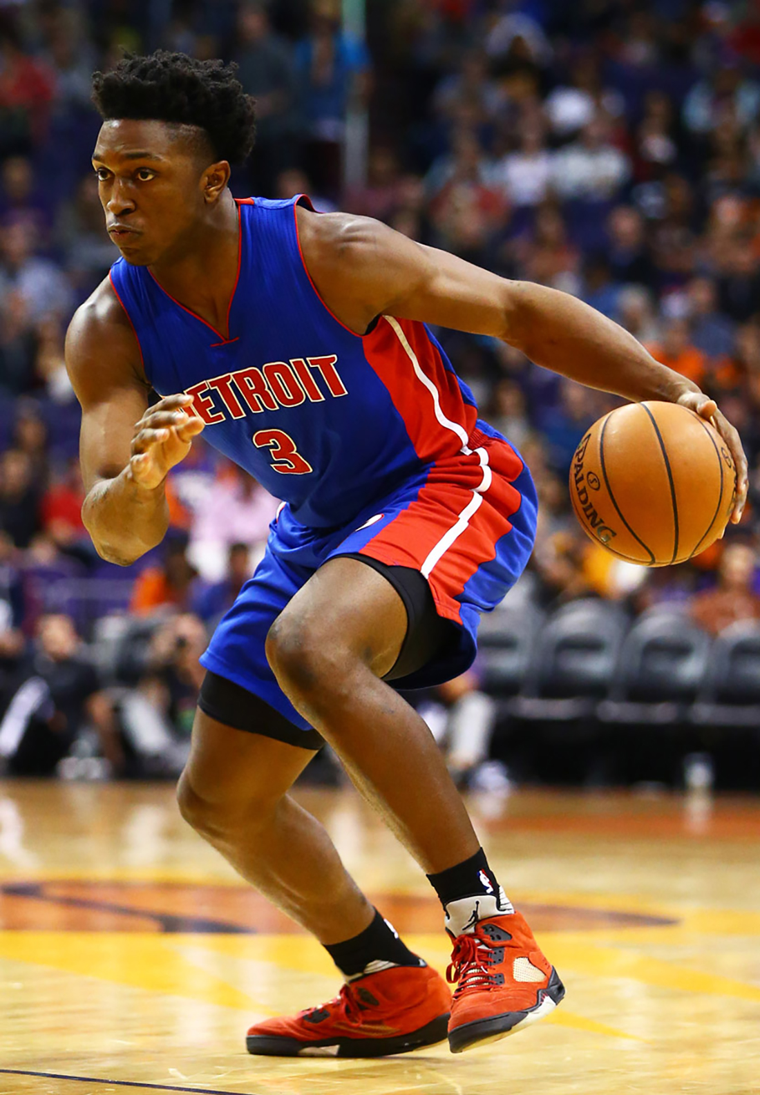 "Stanley Johnson– Detroit Pistons. Air Jordan V ""Toro"""