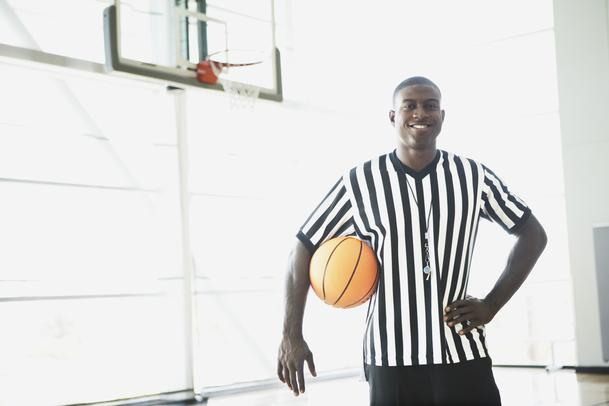 Tips de entrenamiento para un árbitro de basquetbol.