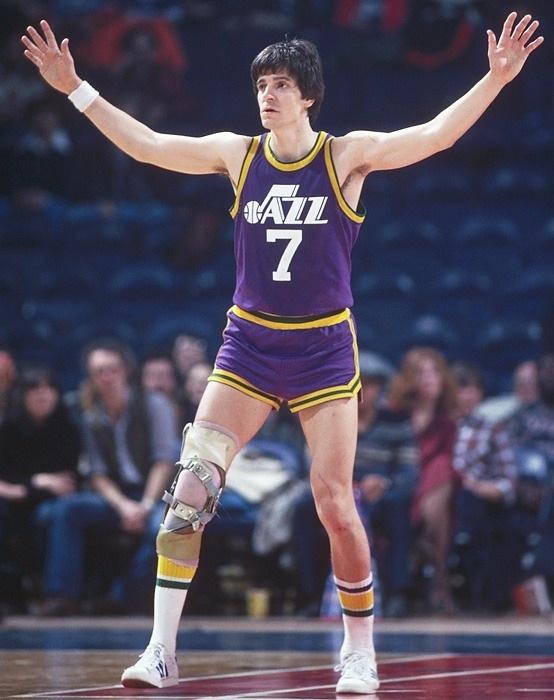 Pete Maravich unos de los jugadores blancos mas famosos de la NBA