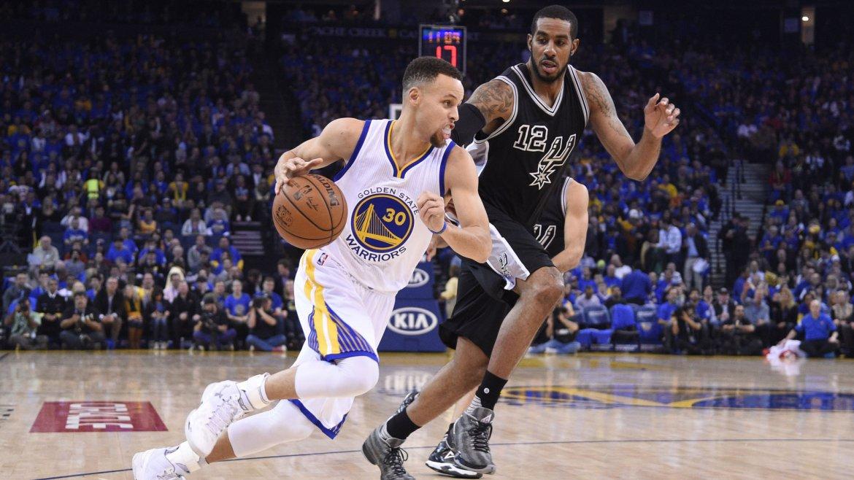 Stephen Curry lleva  29.4 en la NBA