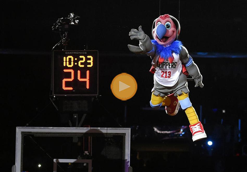 thumbnail. Los Clippers estrenan mascota