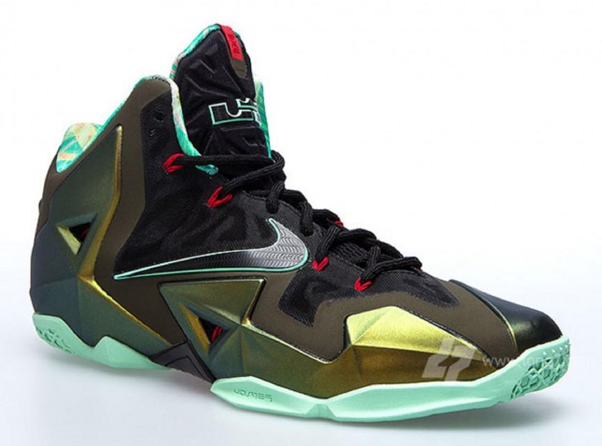 2013 Nike LeBron XI – LeBron James.
