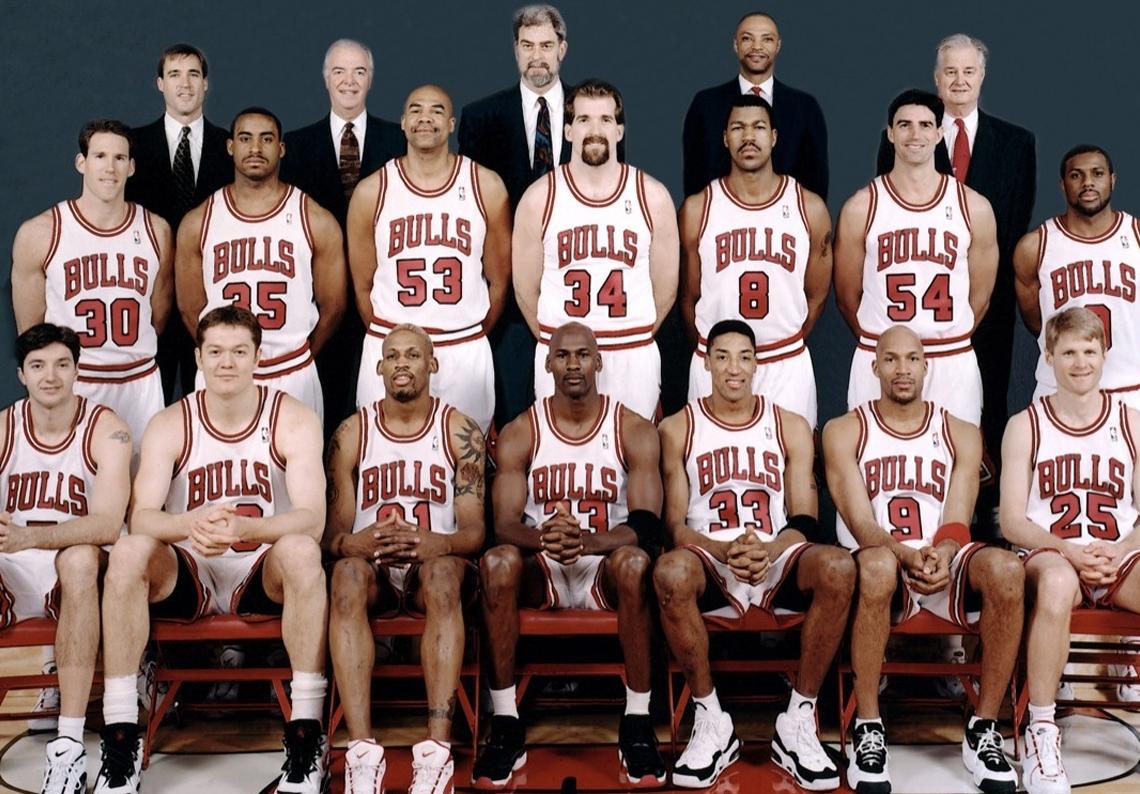 """Los Bulls de la temporada 1995-96 (72-10) y sus """"sneakers"""" por Viva Basquet"""