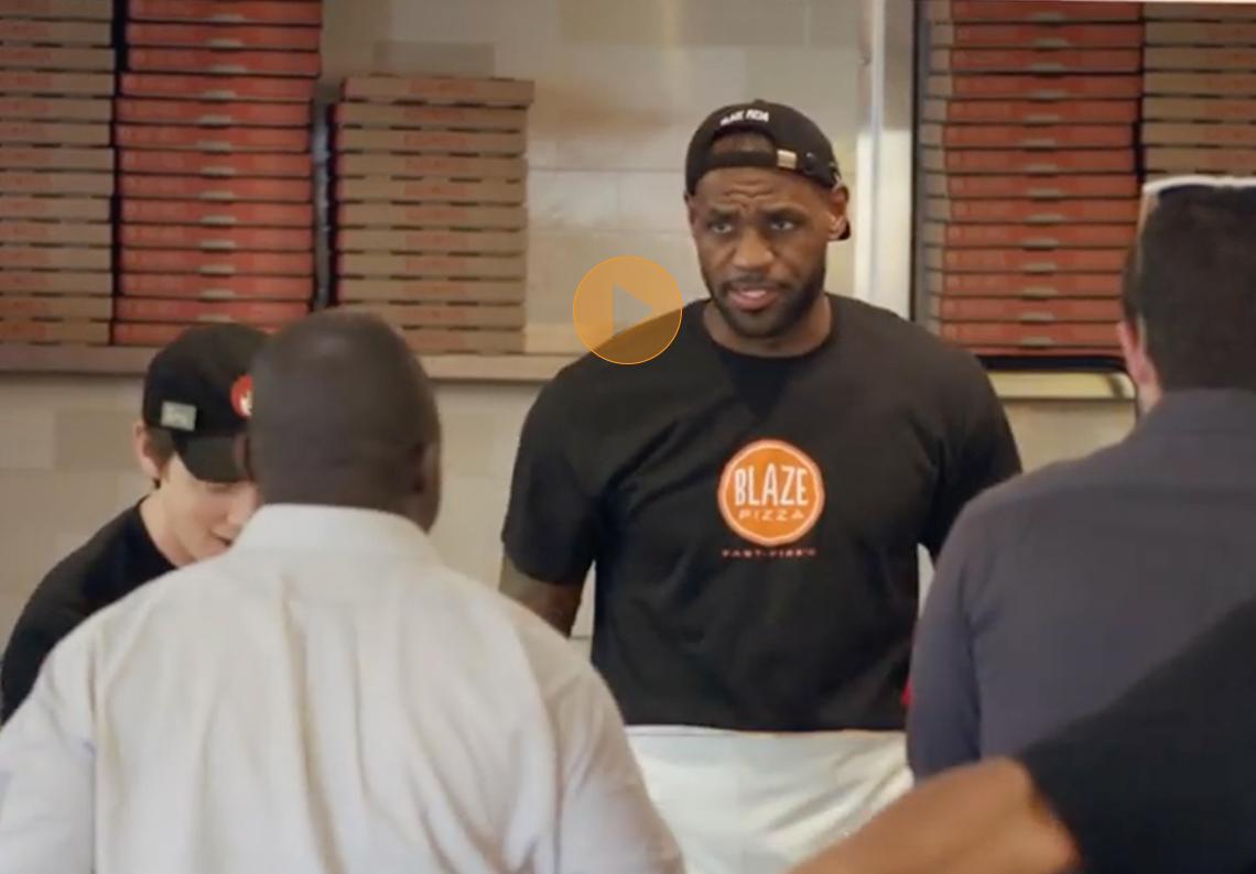 thumbnail. LeBron James el pizzero