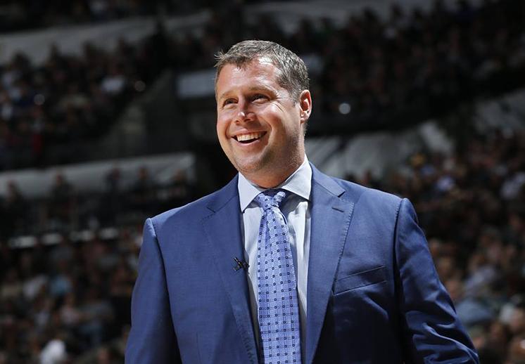 Dave Joerger es el nuevo coach de los Kings de Sacramento.