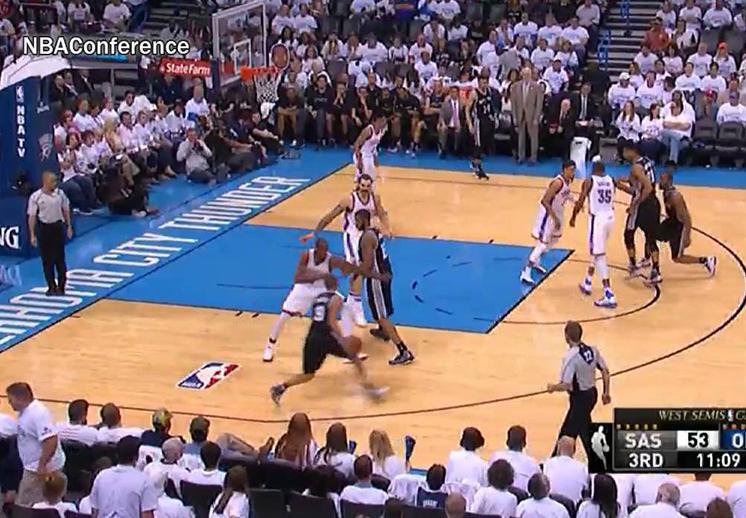 Kevin Durant salió al rescate del Thunder