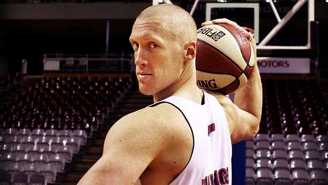 adam ballinger en viva basquet
