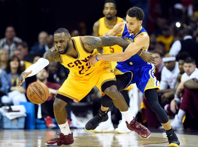 Warriors y Cavaliers entran a la historia