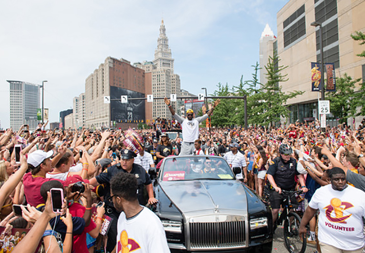 LeBron no piensa dejar a los Cavaliers