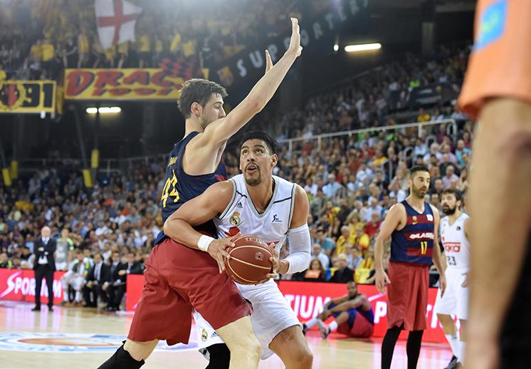 En el último segundo, el Barcelona derrota al Real Madrid foto 1