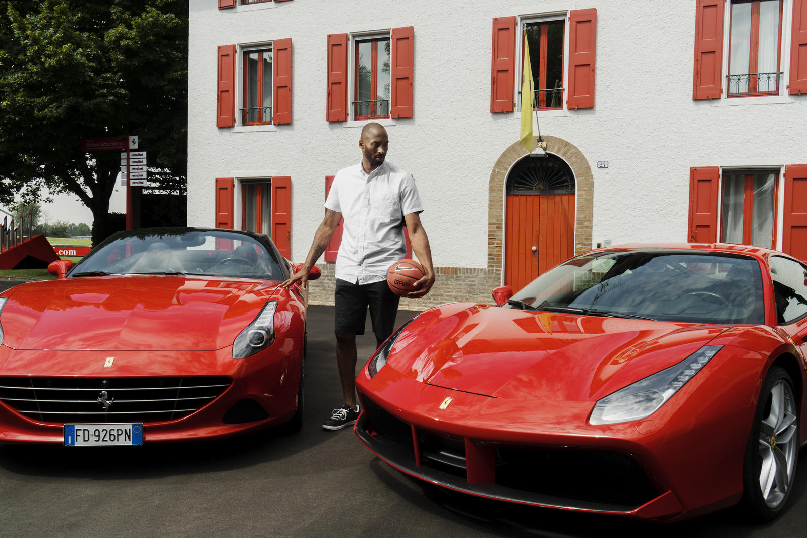 Kobe Bryant de gira por Europa foto 3