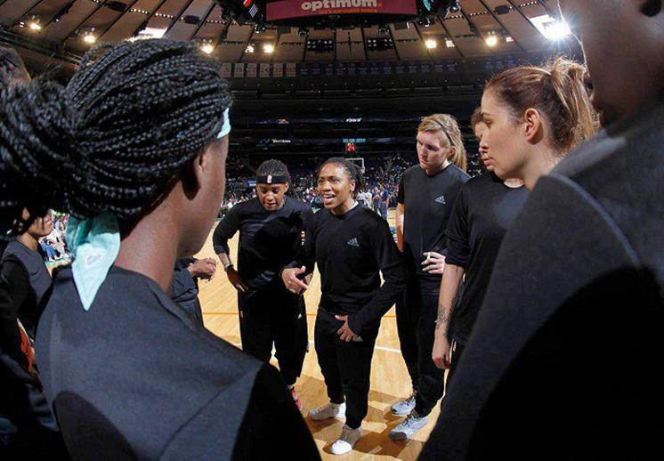 La WNBA se olvida de las polémicas multas