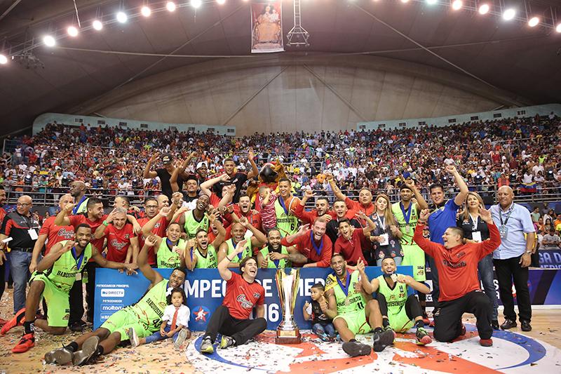 Guaros y Skyliners jugarán por la Copa Intercontinental 2016 foto 2