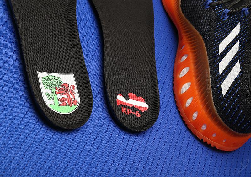 Kristaps Porzingis firma con Adidas foto 7