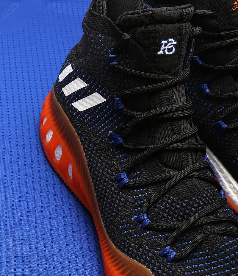 Kristaps Porzingis firma con Adidas foto 2
