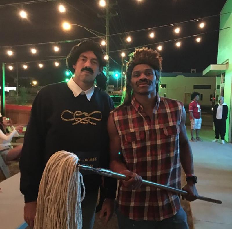 Westbrook y Collison están listos para el Halloween foto 2