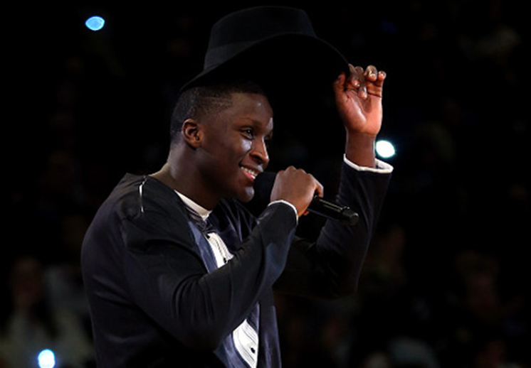 "Victor Oladipo interpreta ""I believe I can fly"" de R.Kelly"