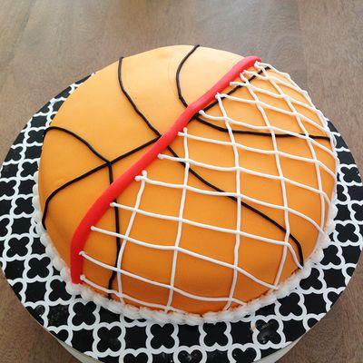 pastel de balon de basketball