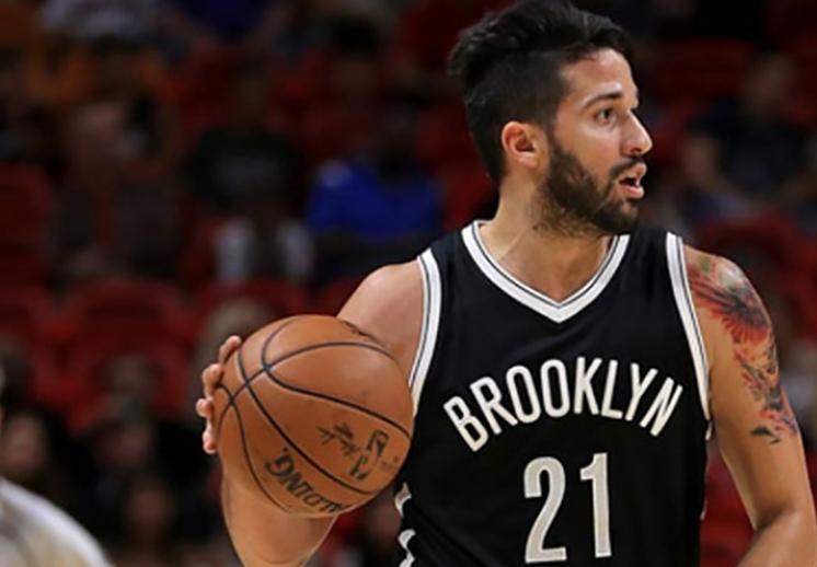 Los Nets dejan en libertad a Grevis Vásquez