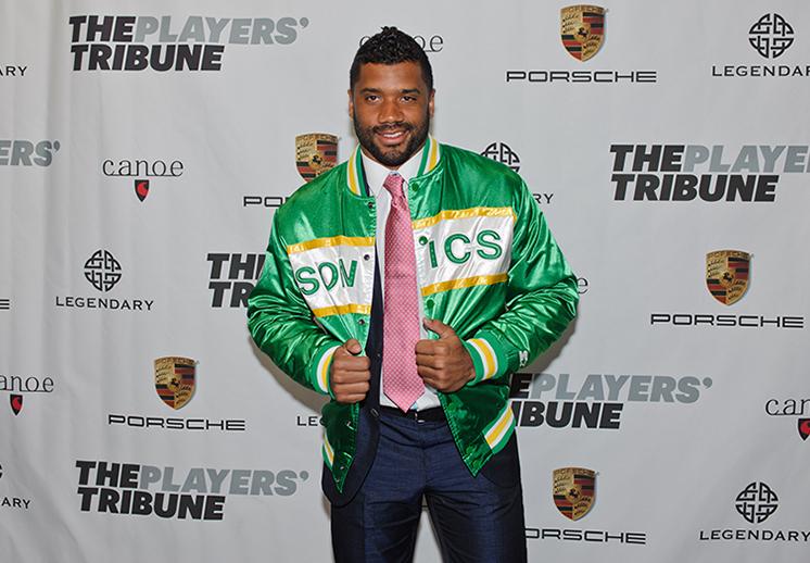 Russell Wilson quiere regresar el basquetbol a Seattle