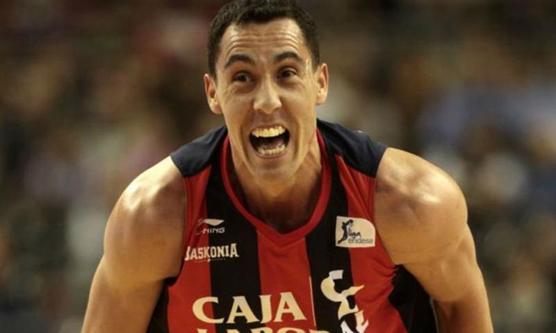 El Buesa Arena homenajea a Pablo Prigioni tras su retirada