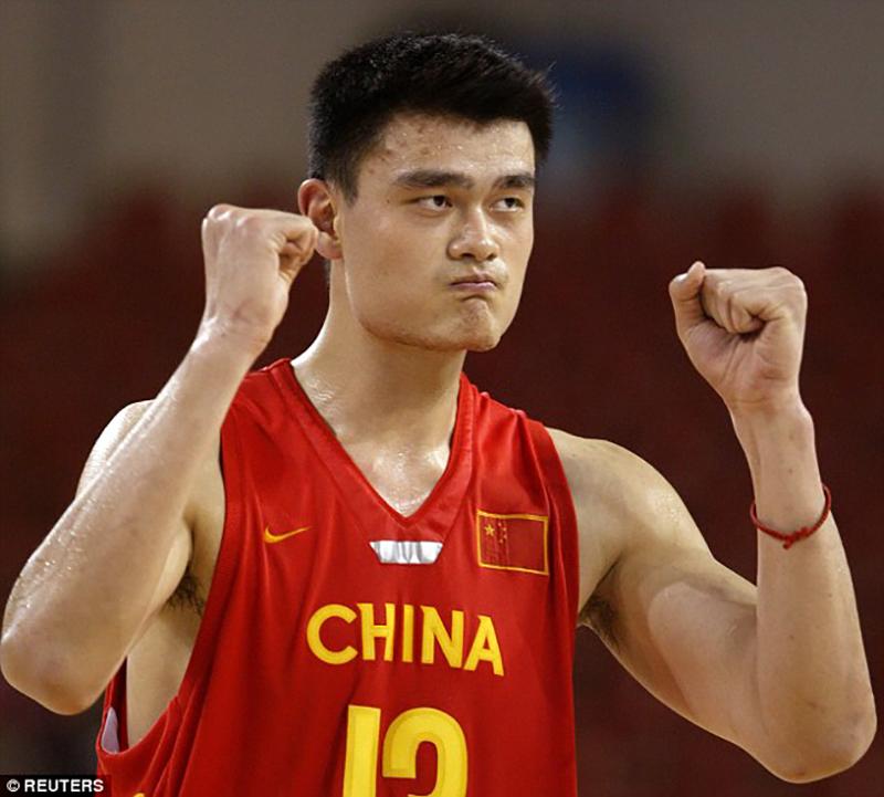 Yao Ming a punto de reinar en el basquetbol chino