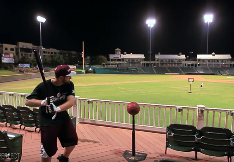 Basquetbol + Beisbol = Baseketball by dude perfect
