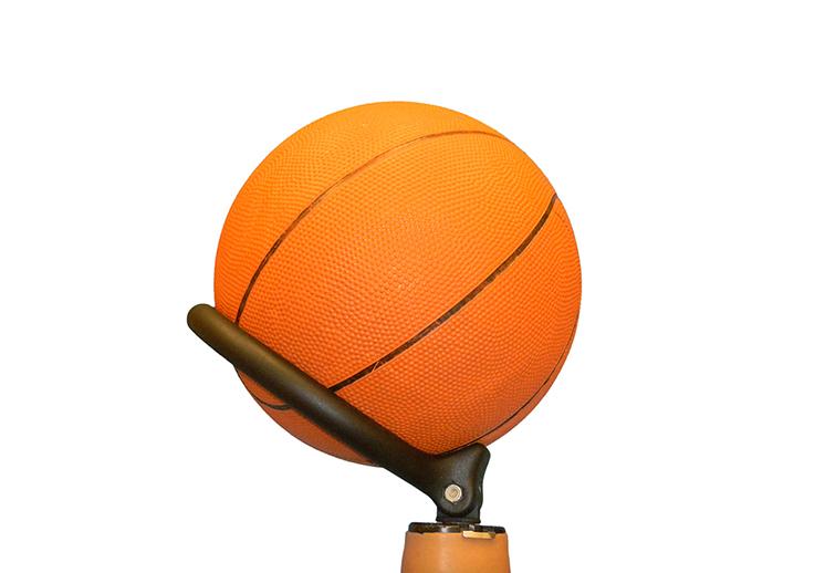 thumbnail. Prótesis para jugar basquet